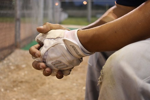 baseball-454559__340.jpg