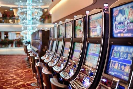gambling-602976__340.jpg