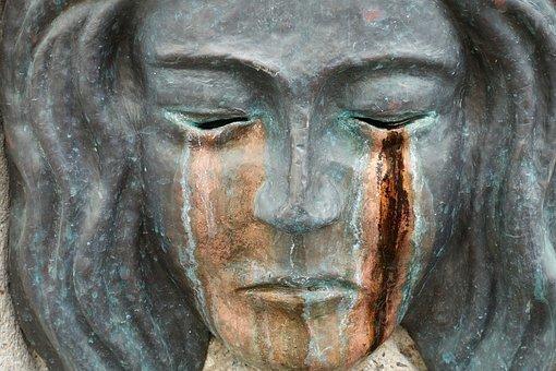 sculpture-2481969__340.jpg